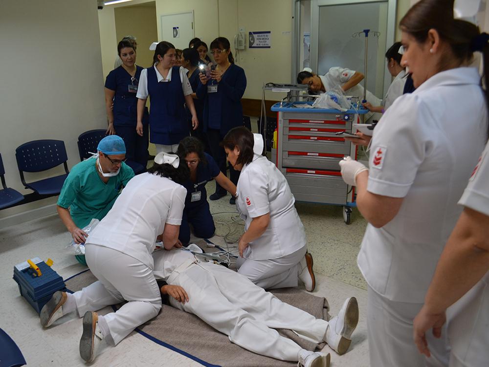 Sanidad Naval | Ejercicios de simulación de reanimación cardiopulmonar